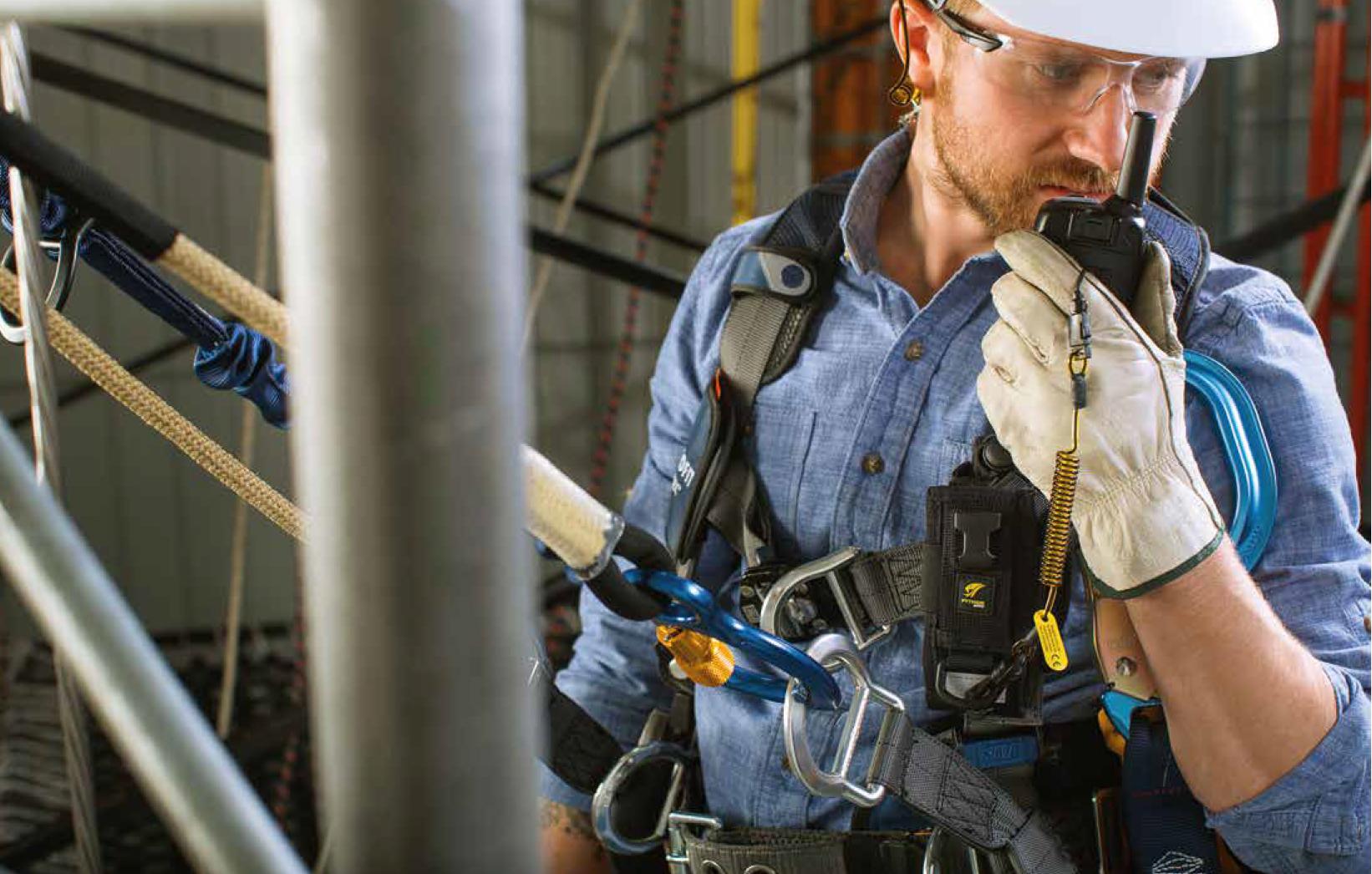 Veilig werken zonder het gevaar van vallend gereedschap