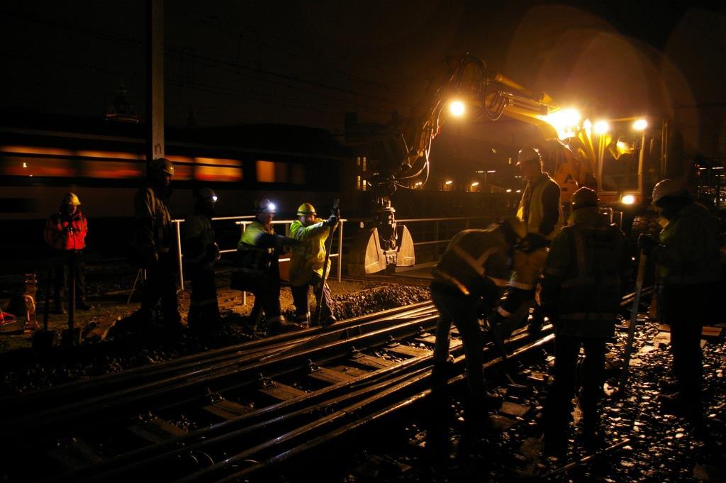 In het spoor van de bouwbranche, spoorwegwerkers over op oranje