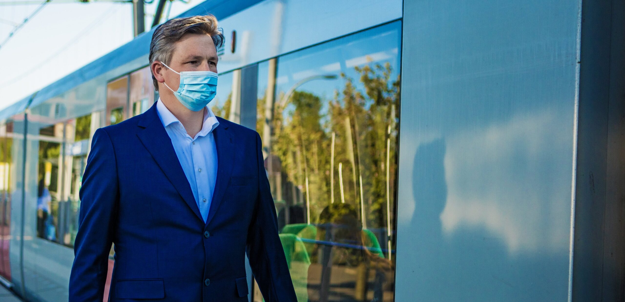 Van sok tot sjaal…de feiten over niet-medische mondkapjes in het ov