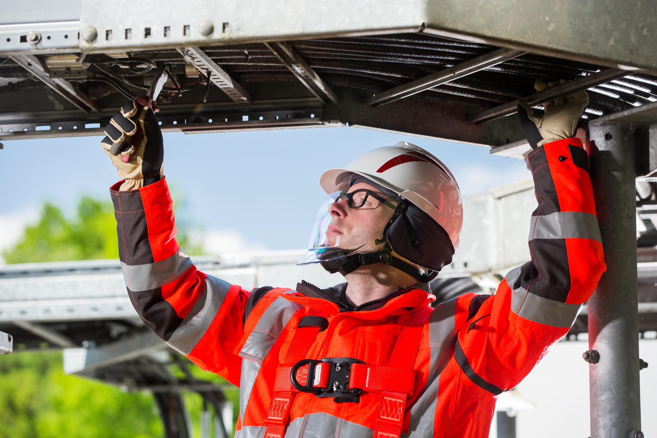 V-Gard 950 Industriële veiligheidshelm met geïntegreerd gelaatsscherm